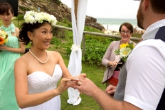 Gold Coast wedding- exchanging rings