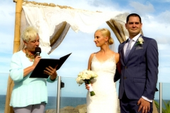 Beginning of the ceremony in front of the beach with celebrant