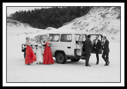 Felicity and Mark-wedding party in the sand dunes-stradbroke Island